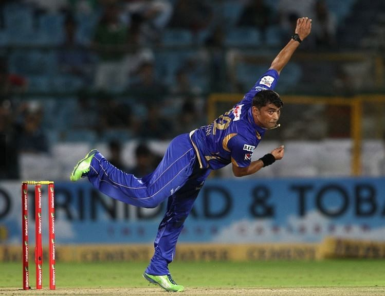 Pravin Tambe will play for the Maratha Arabians in the T10 League