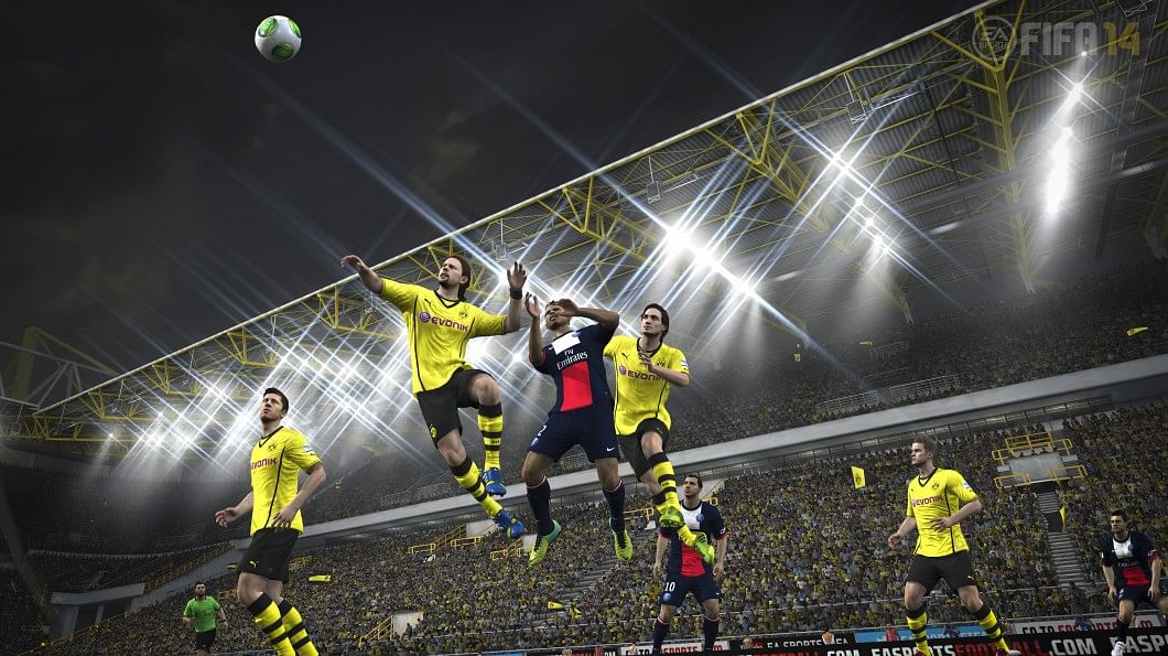 Best FIFA 14 formation for crossing