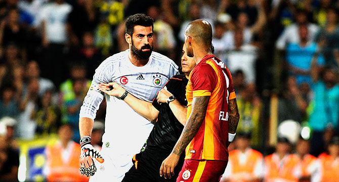 Volkan Demirel and Felipe Melo