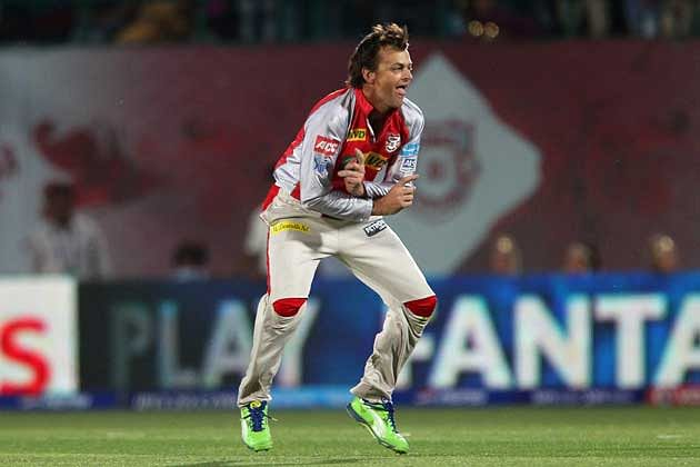 IPL moments that don't fade away: Adam Gilchrist turning his arm over