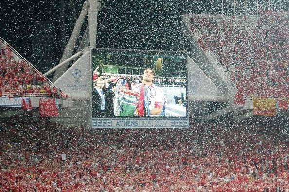 Paolo Maldini 2007 Champions League final trophy