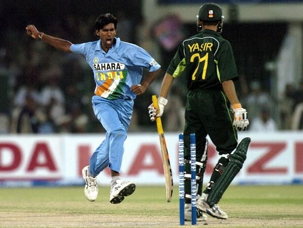 Lakshmipathy Balaji celebrates a wicket