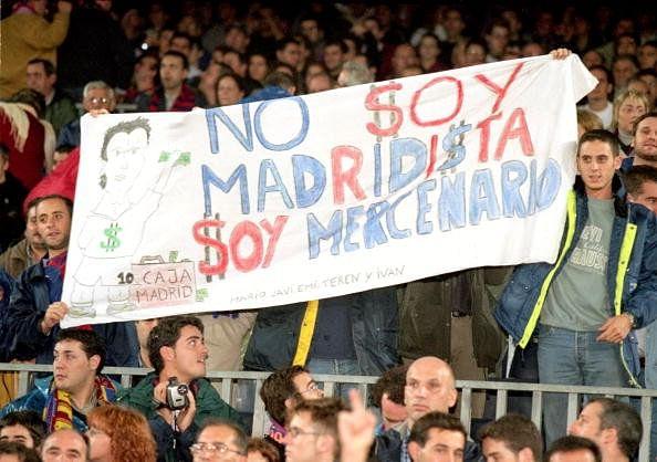 Luis Figo Barcelona fans