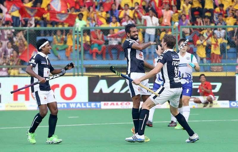 Dabang Mumbai Gurjant Singh Florian Fuchs Danish Mujtaba Hockey India League HIL