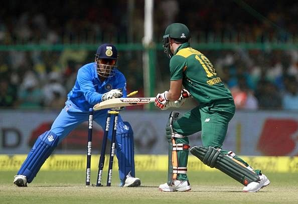 MS Dhoni wicket-keeping
