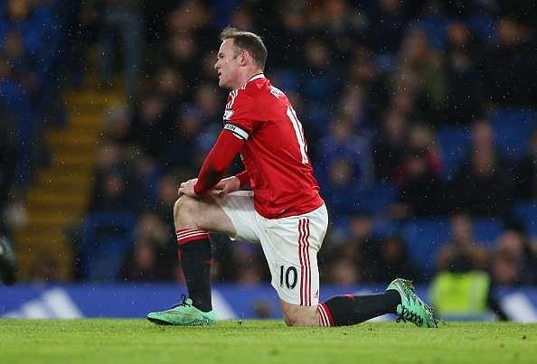 Wayne Rooney injury Louis van Gaal Manchester United