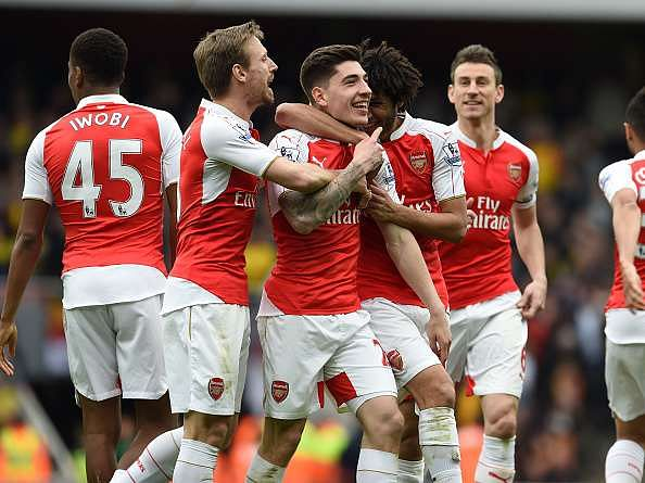 arsenal celebrates