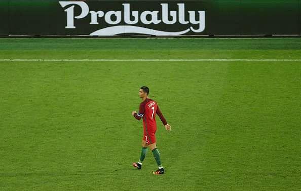 cristiano ronaldo portugal uefa euro 2016 qualification round of 16 iceland eidur gudjohnsen david alaba austria adam szalai hungary