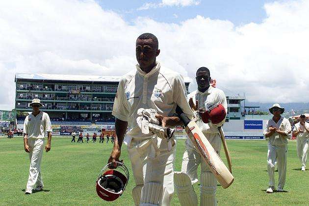 Courtney Walsh holds the record of most number of ducks in test cricket