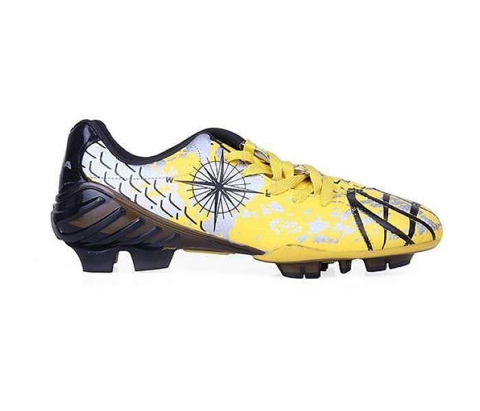 Best football shoes, boots and cleats