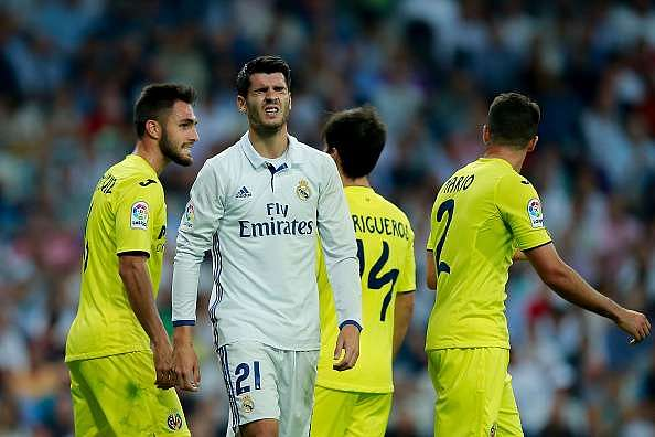MADRID, SPAIN - SEPTEMBER 21: Alvaro Morata of Real Madrid CF reacts defeated during the La Liga match between Real Madrid CF and Villarreal CF at Santiago Bernabeu stadium on September 21, 2016 in Madrid, Spain. (Photo by Gonzalo Arroyo Moreno/Getty Images)