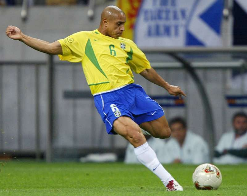 Roberto Carlos was blessed with a cannon for a left foot