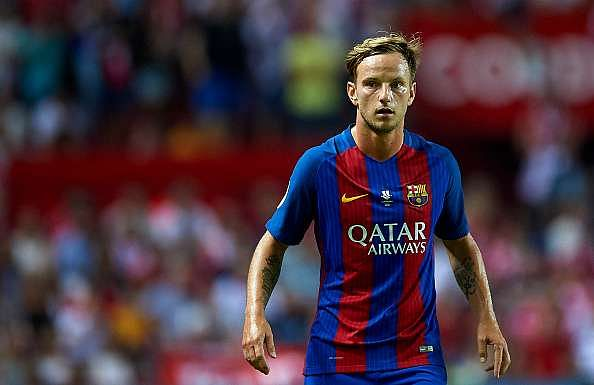 SEVILLE, SPAIN - AUGUST 14:  Ivan Rakitic of FC Barcelona looks on during the match between Sevilla FC vs FC Barcelona as part of the Spanish Super Cup Final 1st Leg  at Estadio Ramon Sanchez Pizjuan on August 14, 2016 in Seville, Spain.  (Photo by Aitor Alcalde/Getty Images)