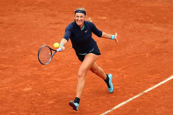 PARIS, FRANCE - MAY 24:  Victoria Azarenka of Belarus hits a forehand during the Ladies Singles first round match against Karin Knapp of Italy on day three of the 2016 French Open at Roland Garros on May 24, 2016 in Paris, France.  (Photo by Julian Finney/Getty Images)