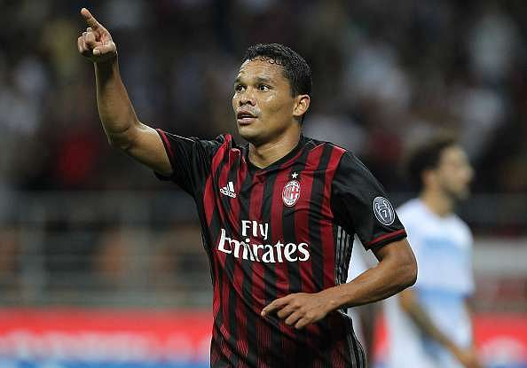 MILAN, ITALY - SEPTEMBER 20:  Carlos Bacca of AC Milan celebrates after scoring the opening goal during the Serie A match between AC Milan and SS Lazio at Stadio Giuseppe Meazza on September 20, 2016 in Milan, Italy.  (Photo by Marco Luzzani/Getty Images)