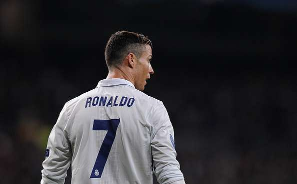 MADRID, SPAIN - DECEMBER 07:  Cristiano Ronaldo of Real Madrid looks on during the UEFA Champions League Group F match between Real Madrid CF and Borussia Dortmund at the Bernabeu on December 7, 2016 in Madrid, Spain.  (Photo by Denis Doyle/Getty Images)