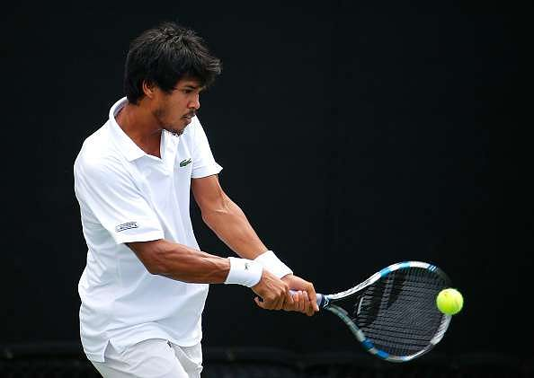 ATLANTA, GA - JULY 28:  Somdev Devvarman of India returns a backhand against Jared Donaldson during the BB&T Atlanta Open at Atlantic Station on July 28, 2015 in Atlanta, Georgia.  (Photo by Kevin C. Cox/Getty Images)