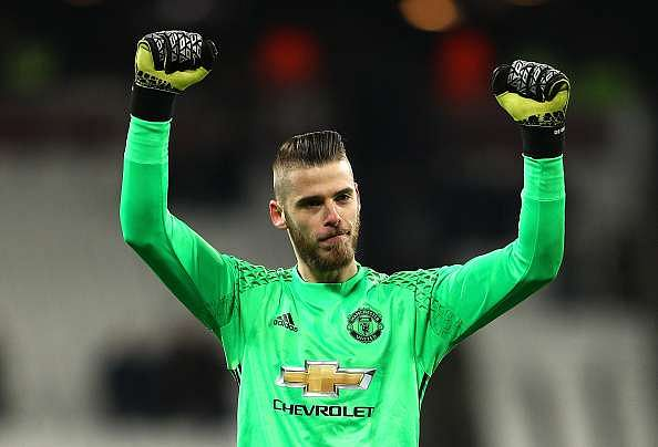 STRATFORD, ENGLAND - JANUARY 02:  David De Gea of Manchester United celebrates after the Premier League match between West Ham United and Manchester United at London Stadium on January 2, 2017 in Stratford, England.  (Photo by Ian Walton/Getty Images)