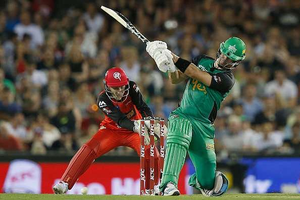 MELBOURNE, AUSTRALIA - JANUARY 07:  Kevin Pietersen of the Melbourne Stars plays a reverse bst shot during the Big Bash League match between the Melbourne Renegades and the Melbourne Stars at Etihad Stadium on January 7, 2017 in Melbourne, Australia.  (Photo by Darrian Traynor/Getty Images)