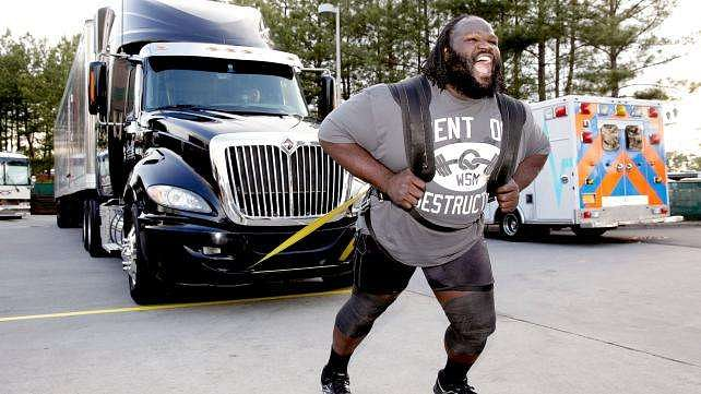 Watch Mark Henry Vs Ryback Bench Press Challenge Barbend