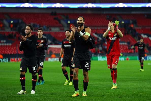 LONDON, ENGLAND - NOVEMBER 02: Bayer Leverkusen players celebrate victory during the UEFA Champions League Group E match between Tottenham Hotspur FC and Bayer 04 Leverkusen at Wembley Stadium on November 2, 2016 in London, England.  (Photo by Ian Walton/Getty Images)