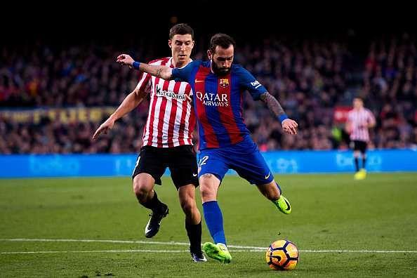 BARCELONA, SPAIN - FEBRUARY 04: Aleix Vidal of FC Barcelona shoots the ball and scores his team