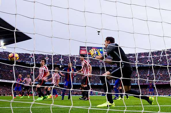 BARCELONA, SPAIN - FEBRUARY 04:  Lionel Messi (not in picture) of FC Barcelona scores his team