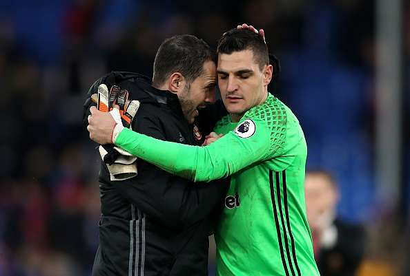 LONDON, ENGLAND - FEBRUARY 04: Vito Mannone of Sunderland (R) is congratulated after the Premier League match between Crystal Palace and Sunderland at Selhurst Park on February 4, 2017 in London, England.  (Photo by Christopher Lee/Getty Images)