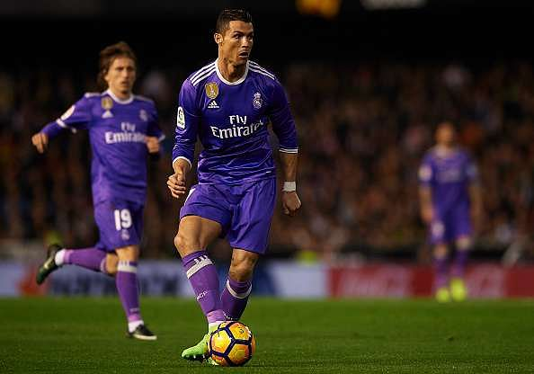 VALENCIA, SPAIN - FEBRUARY 22:  Cristiano Ronaldo of Real Madrid in action during the La Liga match between Valencia CF and Real Madrid at Mestalla Stadium on February 22, 2017 in Valencia, Spain.  (Photo by Manuel Queimadelos Alonso/Getty Images)