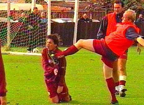 Hartson kicks Berkovic right in the face(Image: Metro)