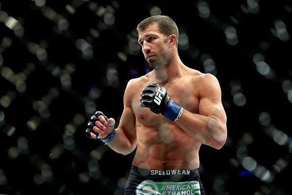 NEWARK, NJ - APRIL 18:  Luke Rockhold prepares to fight against Lyoto Machida of Brazil in their middleweight bout during the UFC Fight Night event at Prudential Center on April 18, 2015 in Newark, New Jersey.  (Photo by Alex Trautwig/Getty Images)