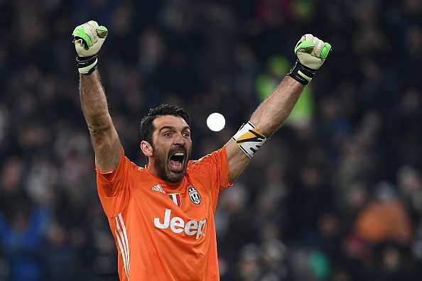 TURIN, ITALY - FEBRUARY 05:  Gianluigi Buffon of Juventus FC celebrates victory at the end of the Serie A match between Juventus FC and FC Internazionale at Juventus Stadium on February 5, 2017 in Turin, Italy.  (Photo by Valerio Pennicino/Getty Images)