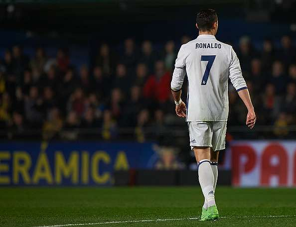 VILLARREAL, SPAIN - FEBRUARY 26:  Cristiano Ronaldo of Real Madrid looks on during the La Liga match between Villarreal CF and Real Madrid at Estadio de la Ceramica on February 26, 2017 in Villarreal, Spain.  (Photo by Fotopress/Getty Images)