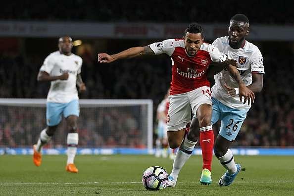 Arsenal West Ham Walcott penalty shout