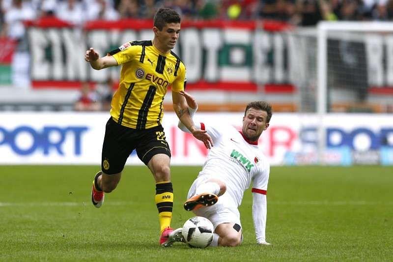 Bayern Munich striker Robert Lewandowski open to Premier