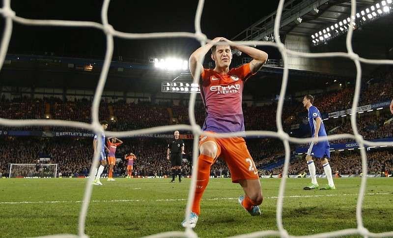 Britain Soccer Football - Chelsea v Manchester City - Premier League - Stamford Bridge - 5/4/17 Manchester City