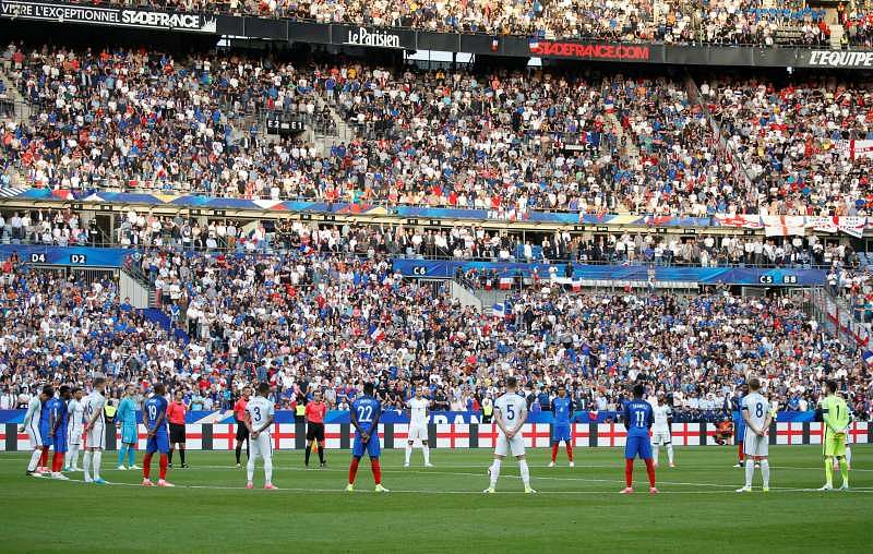 Football Soccer - France v England - International Friendly - Stade de France, St Denis, France - June 13, 2017 General view during a minutes silence for recent terror attacks before the match Reuters / Charles Platiau