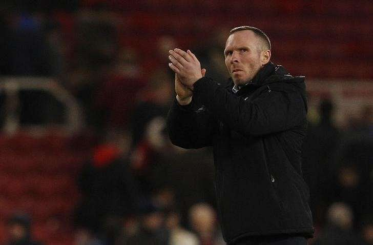 Britain Soccer Football - Middlesbrough v Oxford United - FA Cup Fifth Round - The Riverside Stadium - 18/2/17 Oxford manager Michael Appleton applauds fans after the game Action Images via Reuters / Craig Brough Livepic
