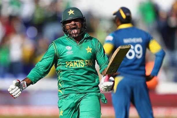 CARDIFF, WALES - JUNE 12:  Sarfraz Ahmed of Pakistan celebrates hitting the winning runs and victory by 3 wickets during the ICC Champions Trophy match between Sri Lanka and Pakistan at the SWALEC Stadium on June 12, 2017 in Cardiff, Wales.  (Photo by Michael Steele/Getty Images)