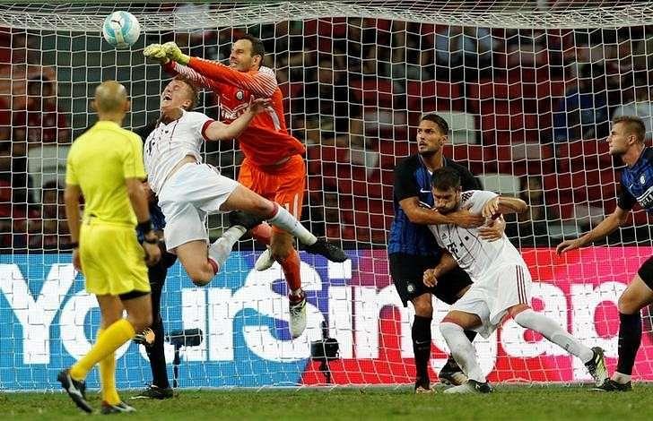 Football Soccer - Bayern Munich v Inter Milan - International Champions Cup Singapore - National Stadium, Singapore - July 27, 2017 - Inter Milan