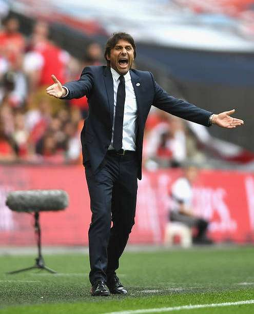 LONDON, ENGLAND - MAY 27: Antonio Conte, Manager of Chelsea reacts during The Emirates FA Cup Final between Arsenal and Chelsea at Wembley Stadium on May 27, 2017 in London, England.  (Photo by Mike Hewitt/Getty Images)