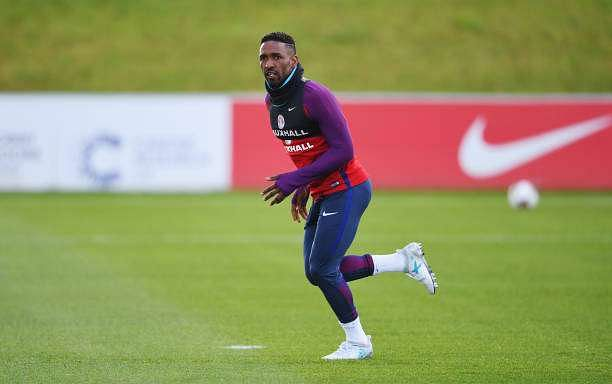 BURTON-UPON-TRENT, ENGLAND - JUNE 06:  Jermain Defoe sprints during a training session as part of England media access at St George