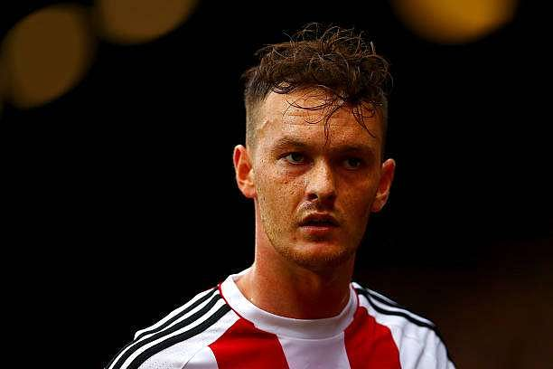 BRENTFORD, ENGLAND - SEPTEMBER 17:  Josh McEachran of Brentford looks on during the Sky Bet Championship match between Brentford and Preston North End at Griffin Park on September 17, 2016 in Brentford, England.  (Photo by Dan Istitene/Getty Images)